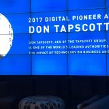 Governor General David Johnston congratulates Don Tapscott on winning the 2017 Digital Pioneer Award