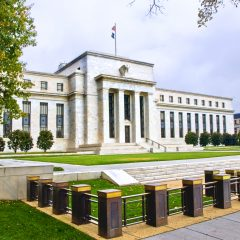 Central banks urged to use blockchain for digital cash